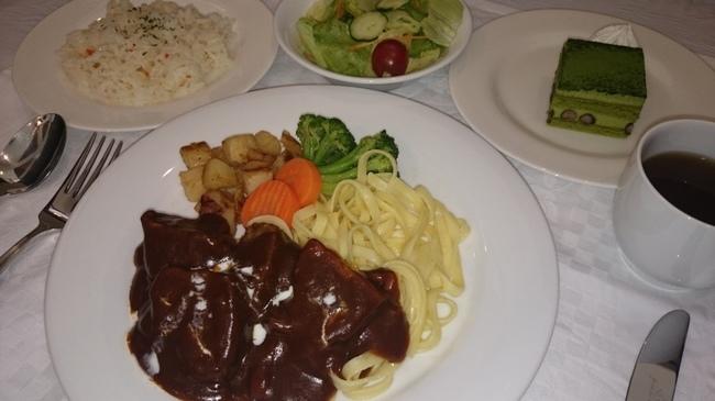 ビーフシチュー レストラン ヌイユ レストラン 洋食